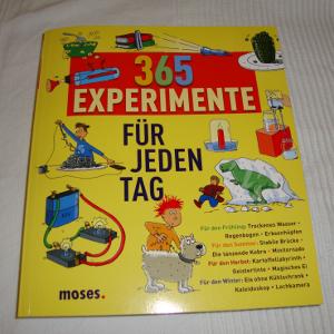 Buch: 365 Experimente für jeden Tag (Front)
