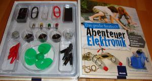 """Experimentierkasten """"Das große Baubuch – Abenteuer Elektronik"""" - aufgeschlagen"""